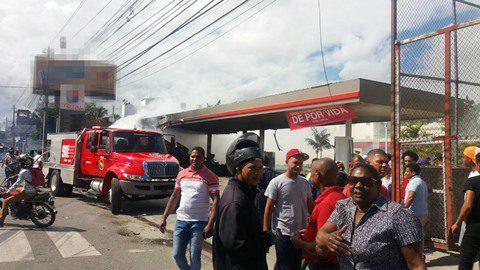 Hombre muere carbonizado al incendiar apartamento en Villa Juana