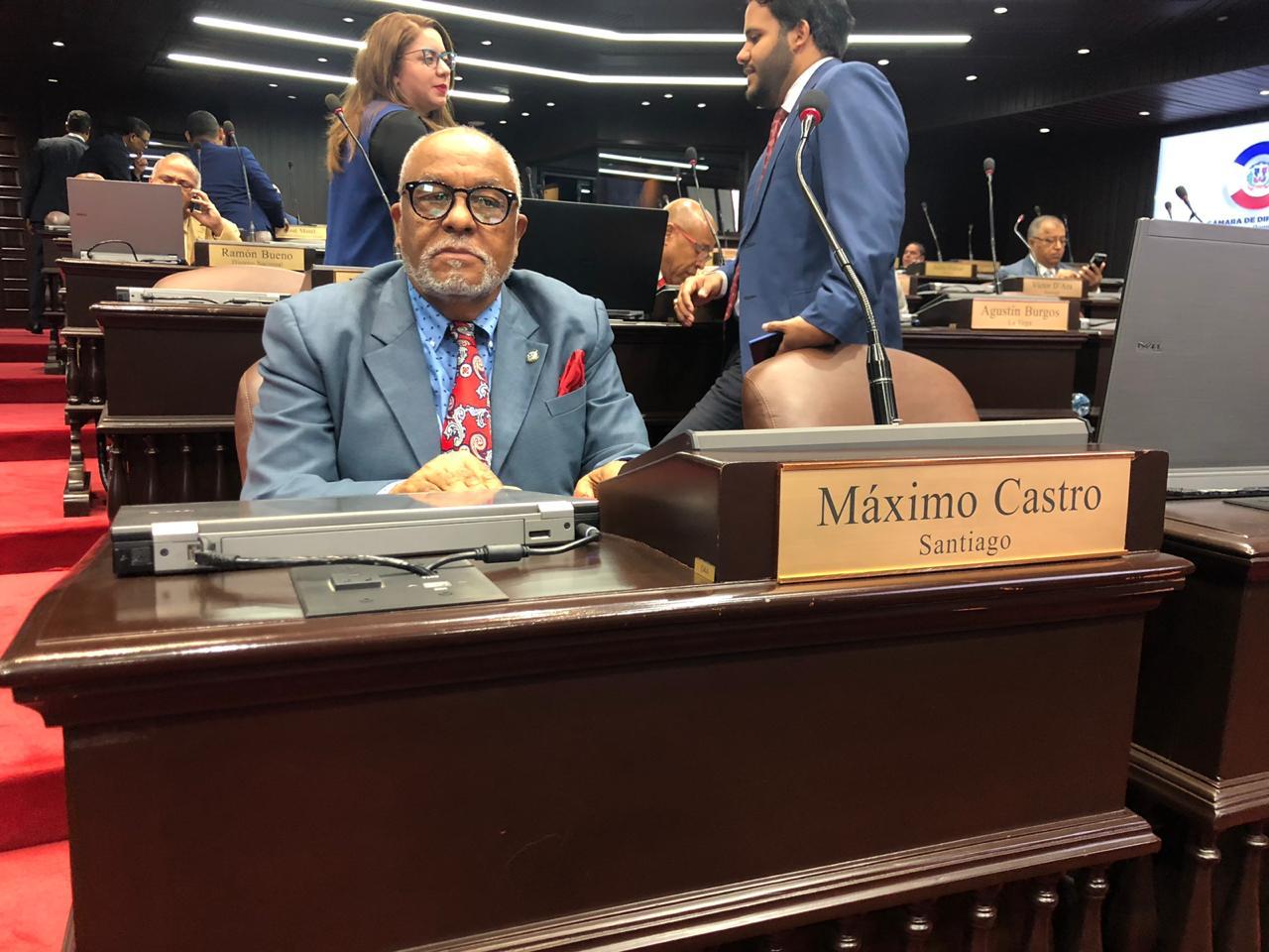 El diputado y vocero del Partido Reformista Social Cristiano (PRSC) en la Cámara Baja, Máximo Castro Silverio. Foto Ndigital