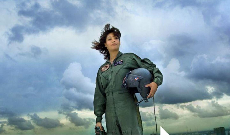 Marisol Chalas, la primera mujer en pilotear helicópteros de ...