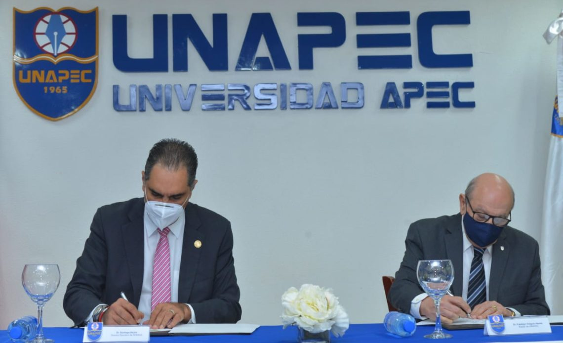 Firma de Senasa y Unapec
