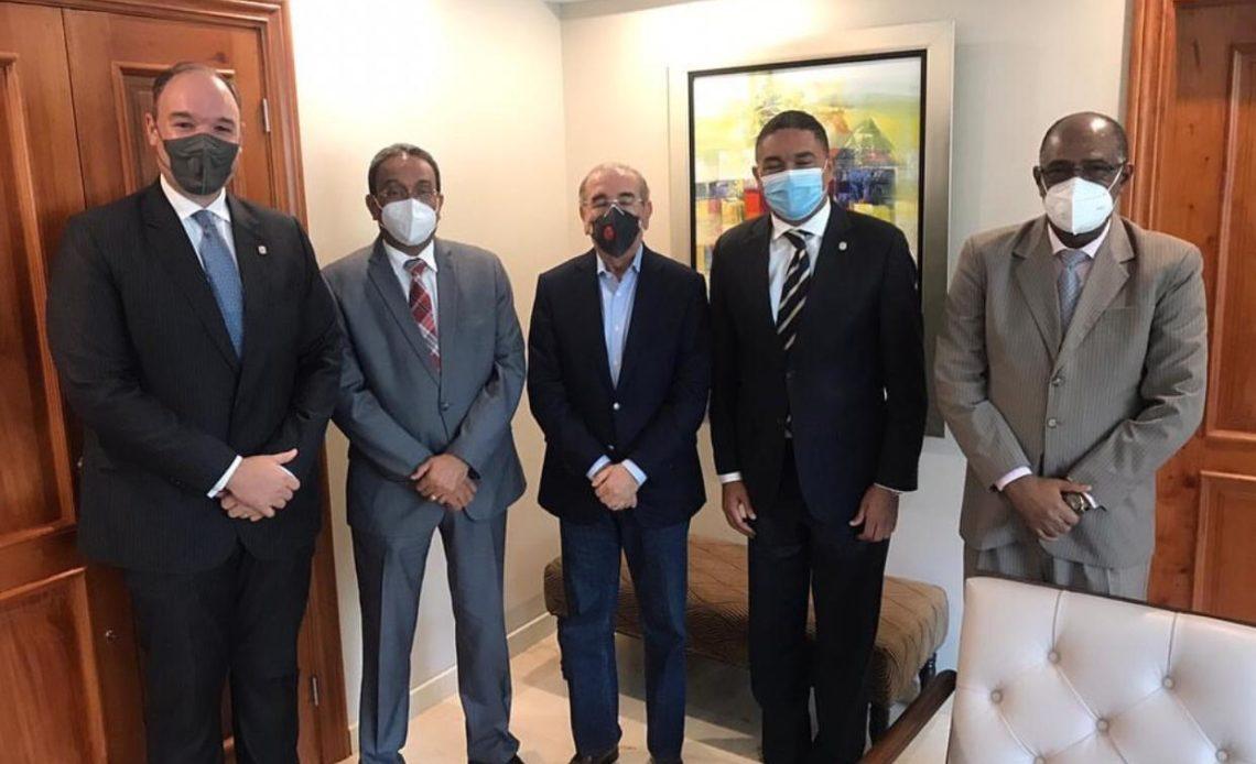 Reunión de Danilo con senadores del PLD