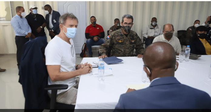 Reunión del canciller Roberto Álvarez con autoridades haitianas