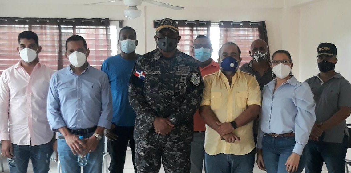 Encuentro de empresarios de Villa Consuelo con la Policía Nacional