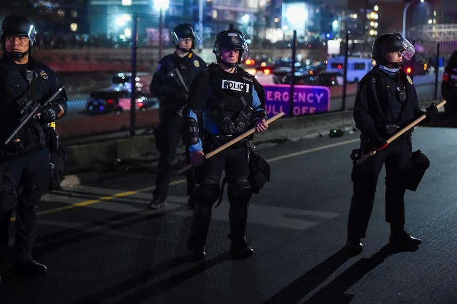 POLICIA-MINEAPOLIS