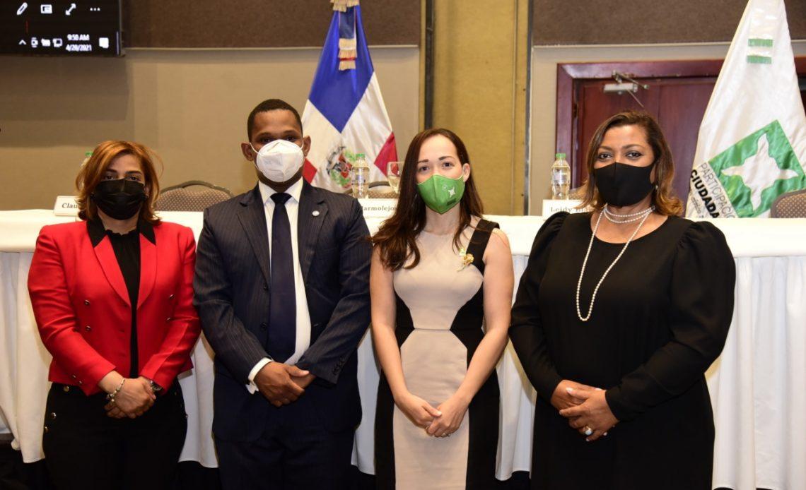 Yurissan Candelario, José Miguel Marmolejos, Leidy Blanco García y Dulce María Luciano (1)