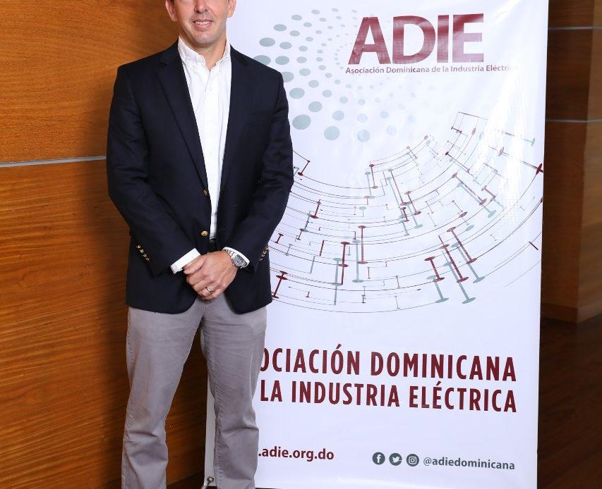 Nuevo presidente de la ADIE
