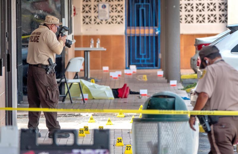 """Segundo tiroteo masivo en 24 horas anticipa un """"verano violento"""" en EE.UU."""