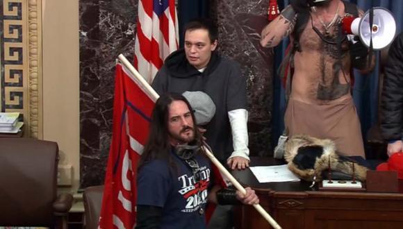 Participante de invasión al Capitolio de EEUU se declara culpable en acuerdo con Justicia