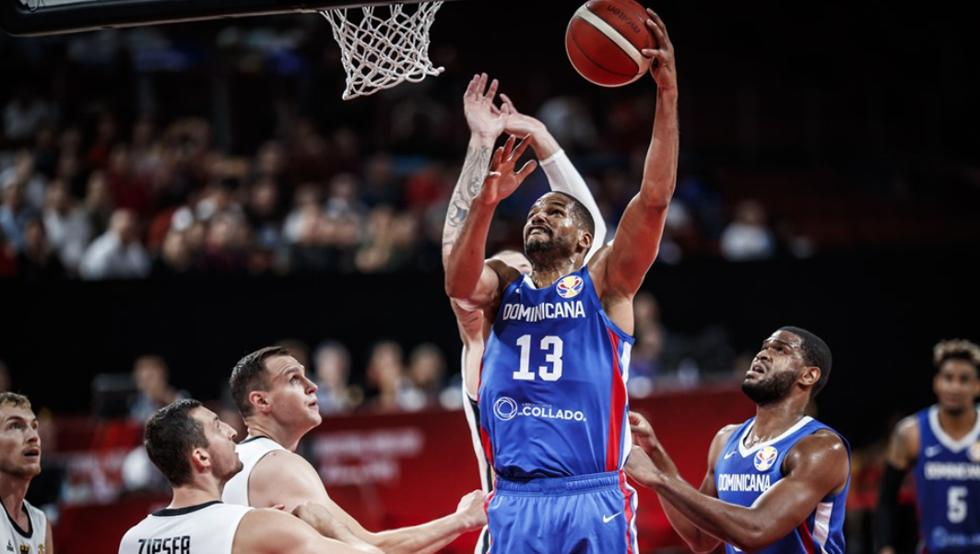 República Dominicana resiste tres cuartos ante Serbia, pero se rinde 76-94