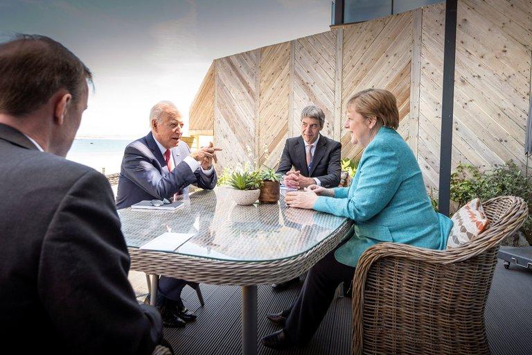 Biden con aliados