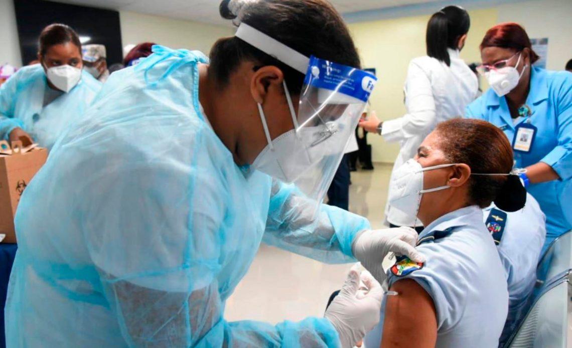 Vacunación en el Quisqueya