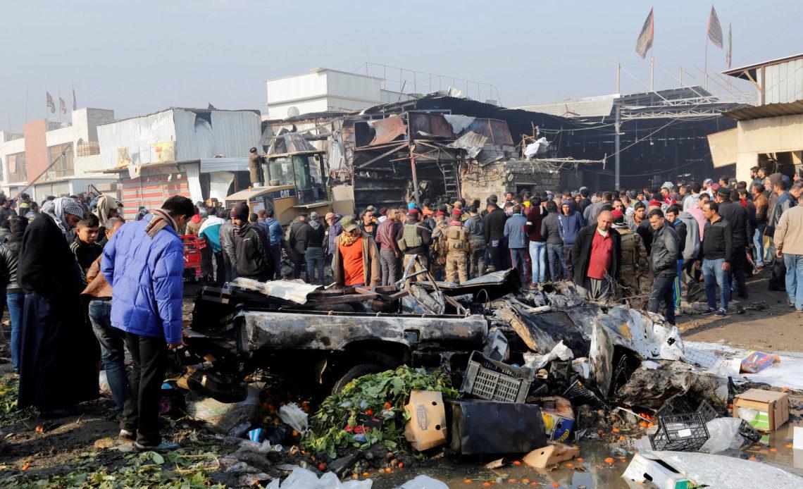 Explosión de una bomba deja unos 30 muertos en un mercado de Bagdad