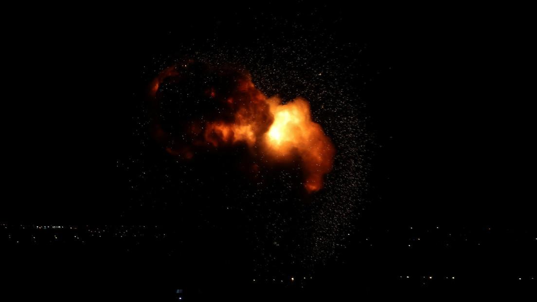 Israel ataca objetivos militares de Hamás en respuesta a cohetes disparados en la Franja de Gaza