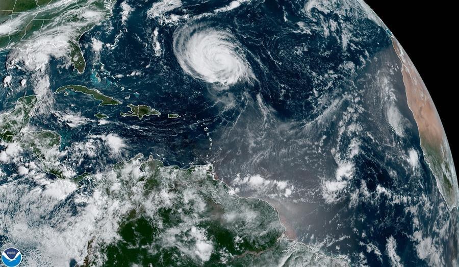 huracán Larry